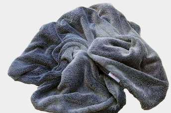 Blanket Icebear grey synthetic fur